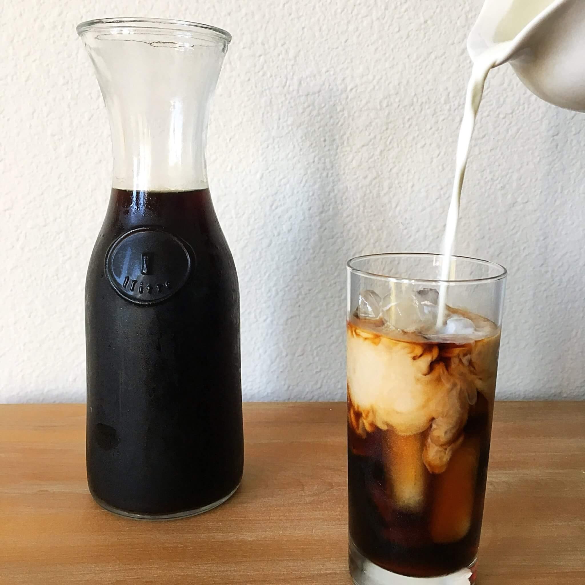 Cold Brew Milk Pour
